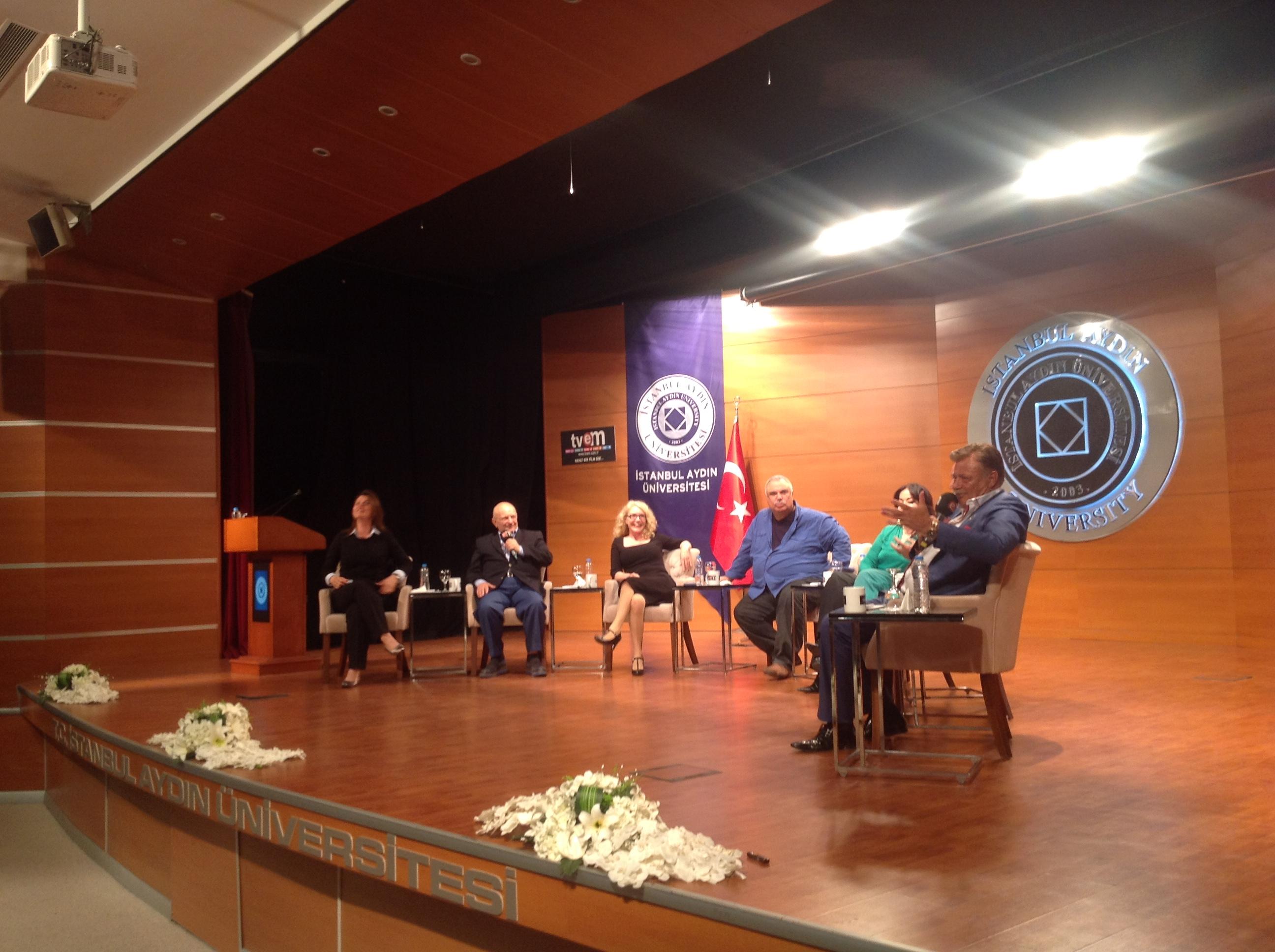 İstanbul Aydın Üniversitesi'nde Yıldızlar Geçidi